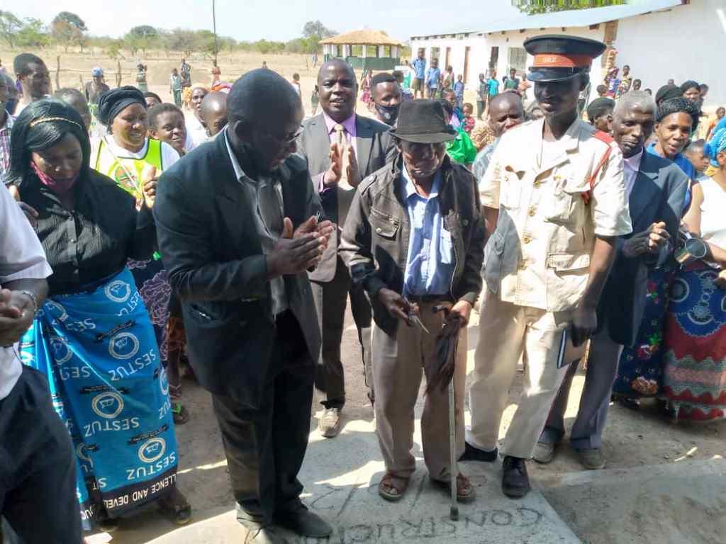 The handover ceremony at Simbunji Community School